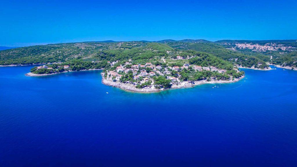 Sumartin-Bay,-Brac-Island-(7)