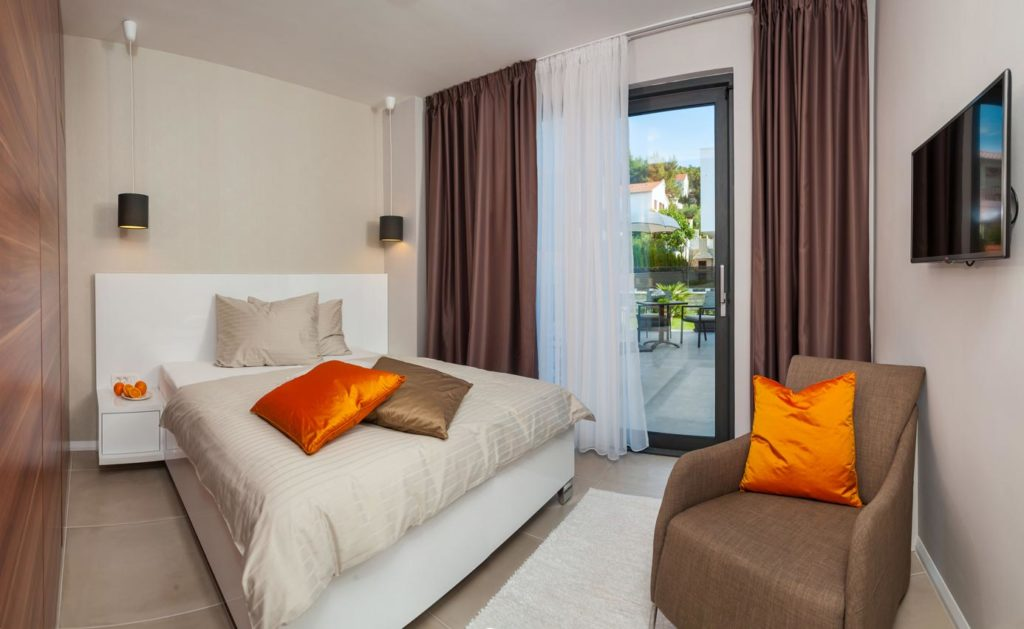 Villa-Seraphine-&-Moonstone,-Okrug-Gornji,-Split-Riviera-(73)