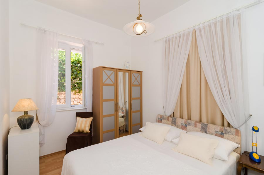 Villa-Tamarind,-Mlini-Bay,-Dubrovnik-Riviera-(8)