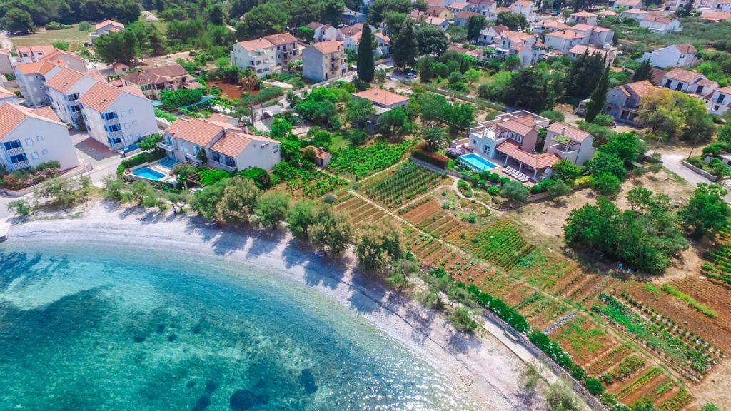 Villa-Nicholina-&-Villa-Corrine,-Mirca-Bay,-Brac-Island-(12)