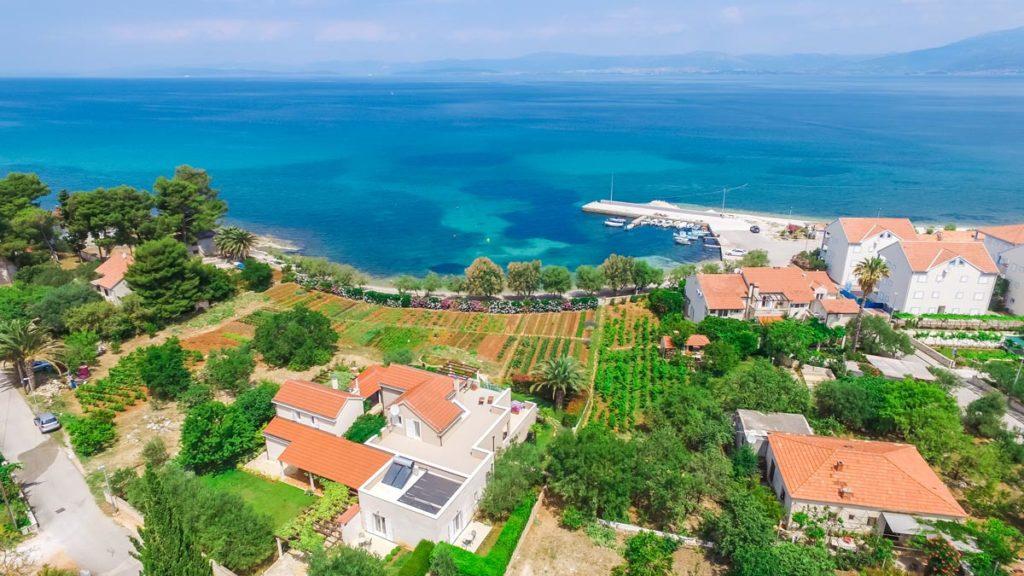 Villa-Nicholina-&-Villa-Corrine,-Mirca-Bay,-Brac-Island-(16)