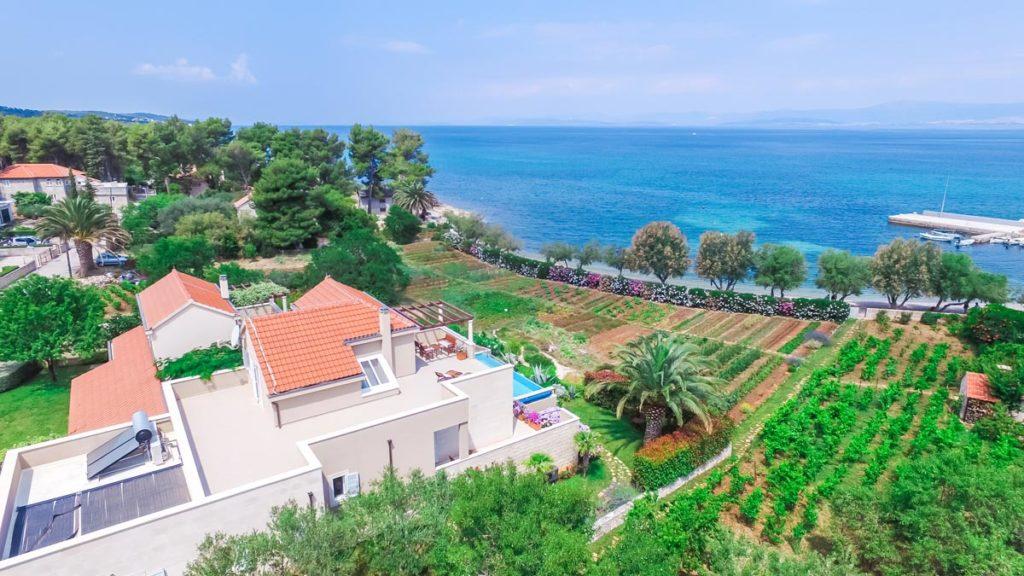 Villa-Nicholina-&-Villa-Corrine,-Mirca-Bay,-Brac-Island-(17)