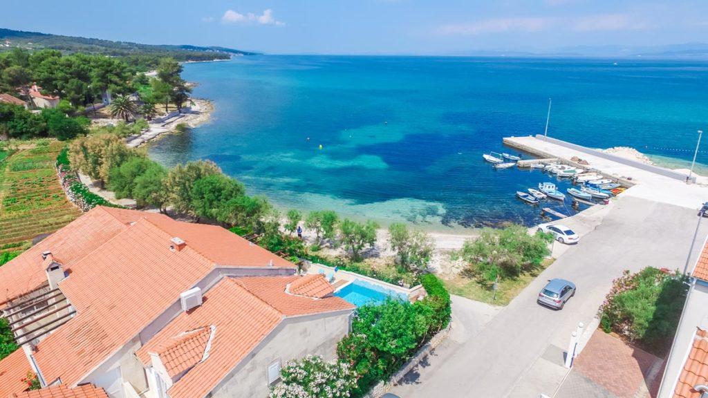 Villa-Nicholina-&-Villa-Corrine,-Mirca-Bay,-Brac-Island-(8)