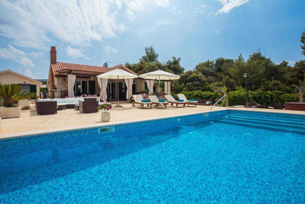 Villa Romantica, Mirca Bay, Brac Island (24)