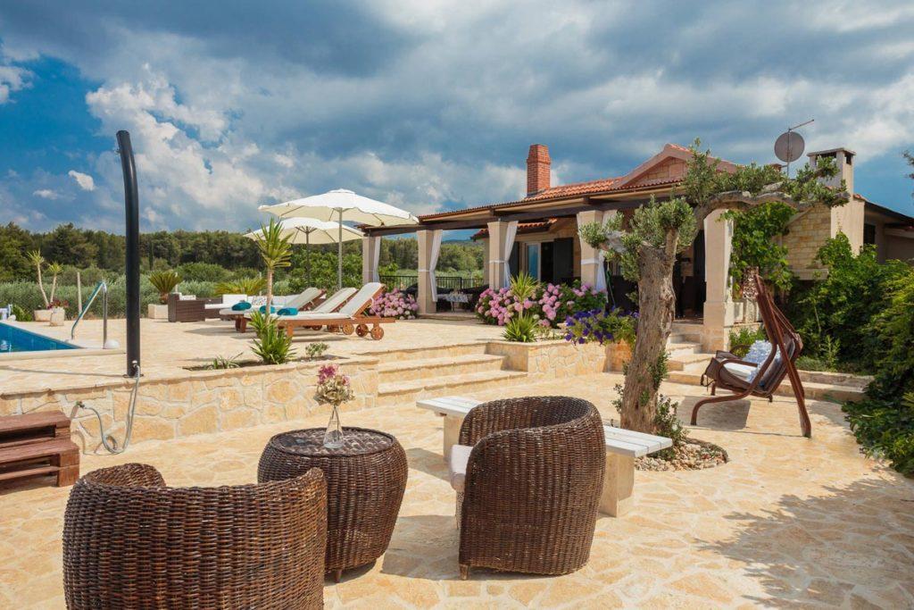 Villa Romantica, Mirca Bay, Brac Island (33)