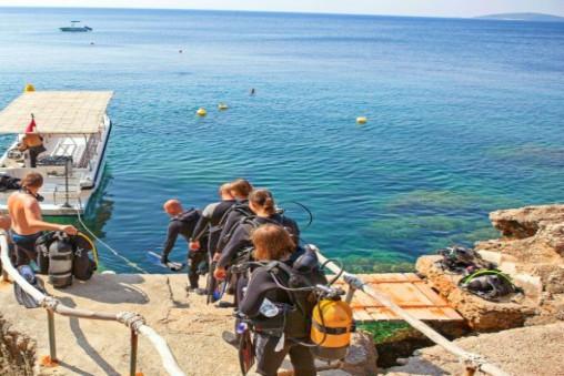 Dive Centre Mokalo Bay Orebic Peljesac Peninsula TH