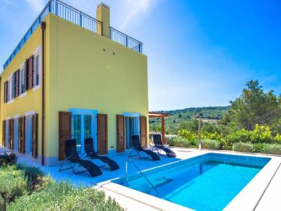 Villa Samba Splitska Brac Island TH 2