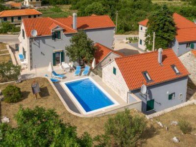 Villa Serenada , Dalmatian Hinterland, Makarska Riviera TH