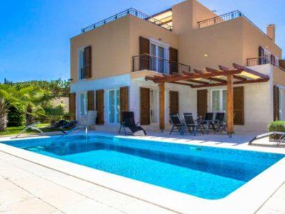 Villa Tango Splitska Brac Island TH 2