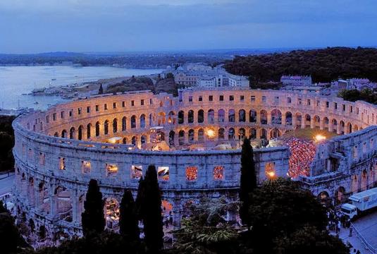 Pula Arena, Istria