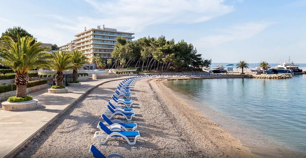 Gooshter Beach Club, Le Meridien Lav, Podstrana Bay, Split Riviera. 6