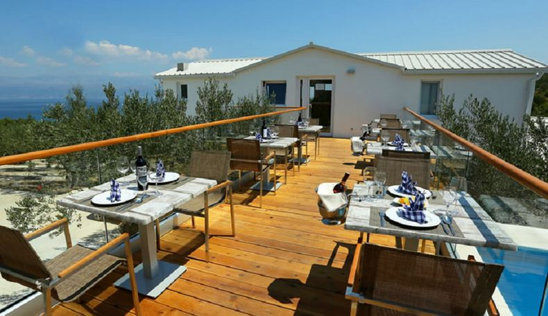 Grill Garden Restaurant, Mirca Bay, Brac Island 5