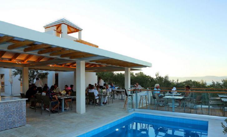 Grill Garden Restaurant, Mirca Bay, Brac Island 8