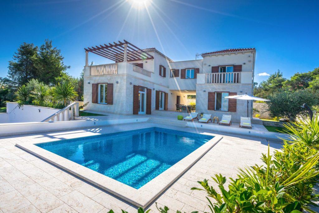 Villa-Enia,-Splitska,-Brac-island-(4)