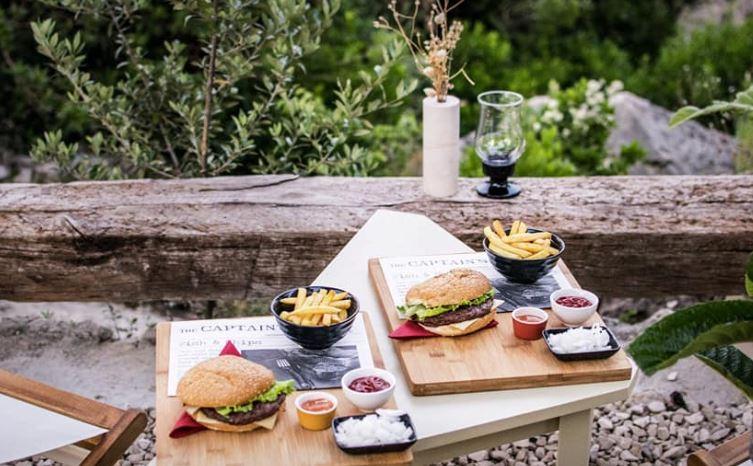 Restaurant Park Petrovac, Suumartin Bay, Brac island 3