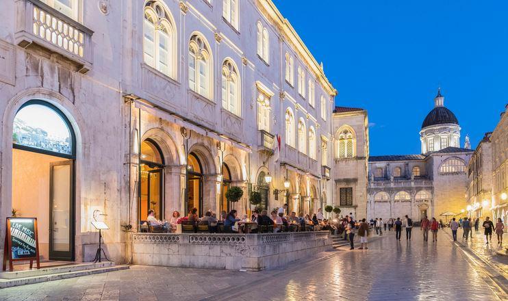 Gradska Kavana Arsenal, Dubrovnik Old town