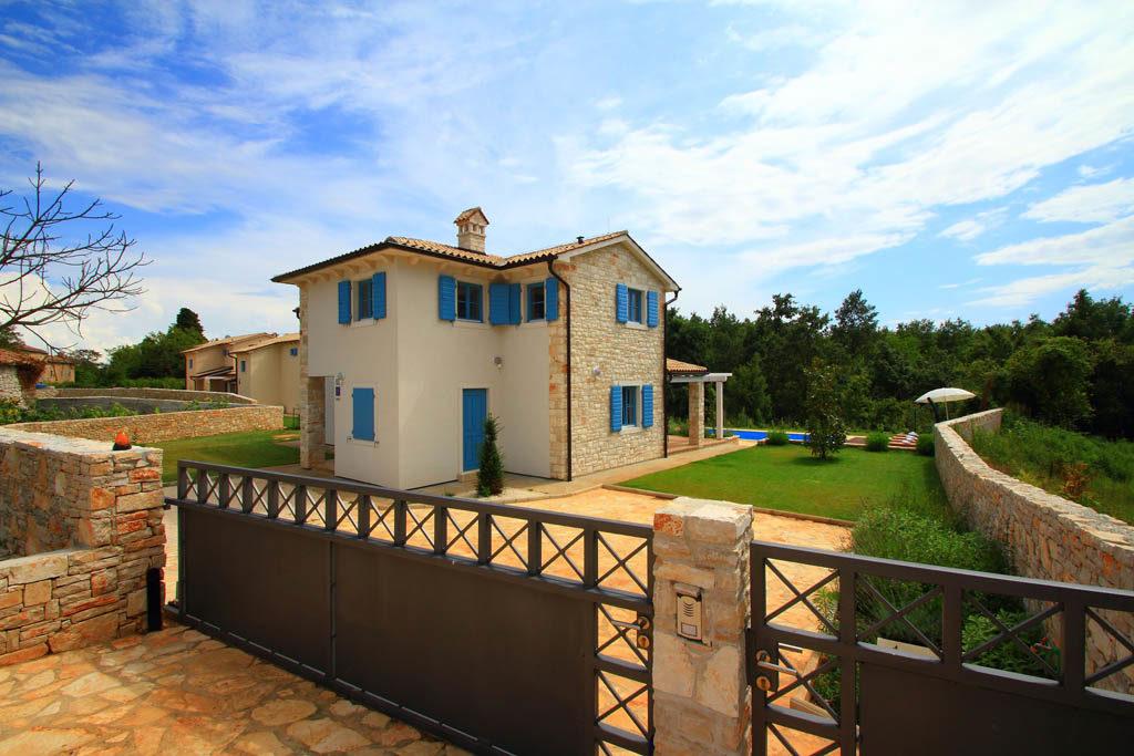 Villa Quatro, Near Barban, Istria (52)