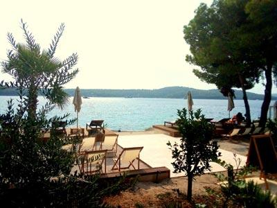 Olife-Beach-Club,-Milna-Bay-Brac-Island-(15)