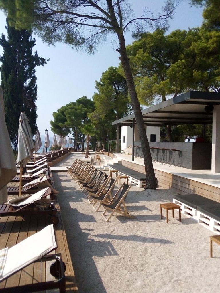 Olife-Beach-Club,-Milna-Bay-Brac-Island-(16)