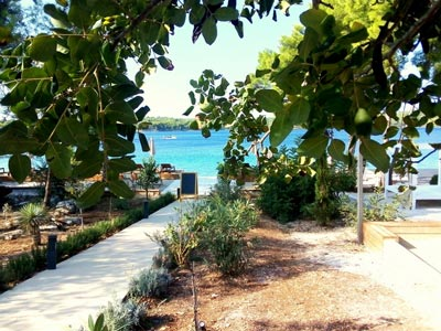 Olife-Beach-Club,-Milna-Bay-Brac-Island-(17)