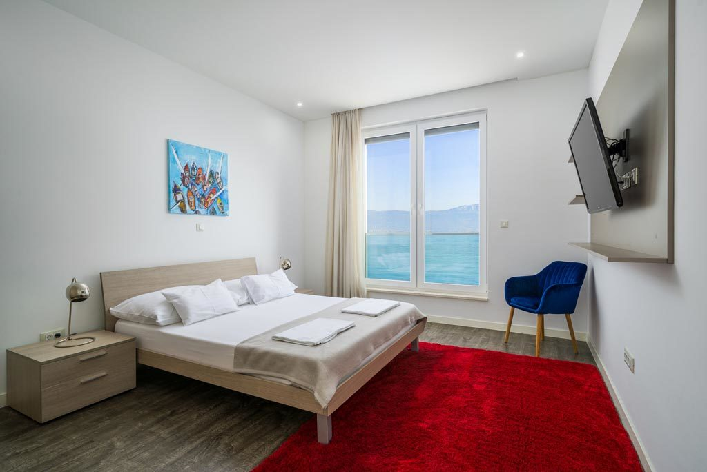 Villa-Cinquento,-Slatine-Bay,-Split-Riviera-2-(15)