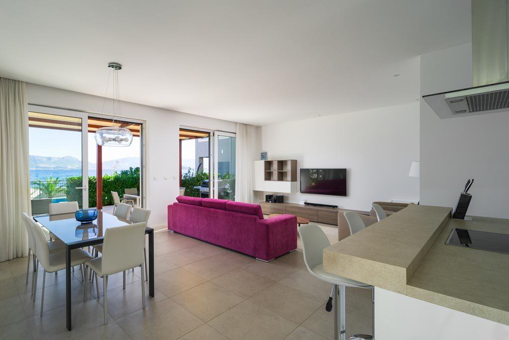 Villa-Cinquento,-Slatine-Bay,-Split-Riviera-3-(10)