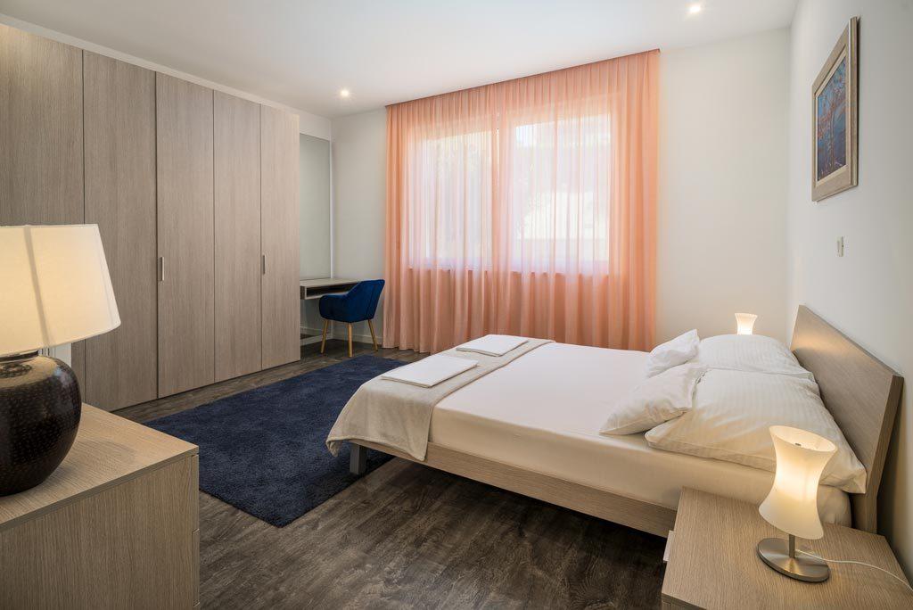 Villa-Cinquento,-Slatine-Bay,-Split-Riviera-3-(25)