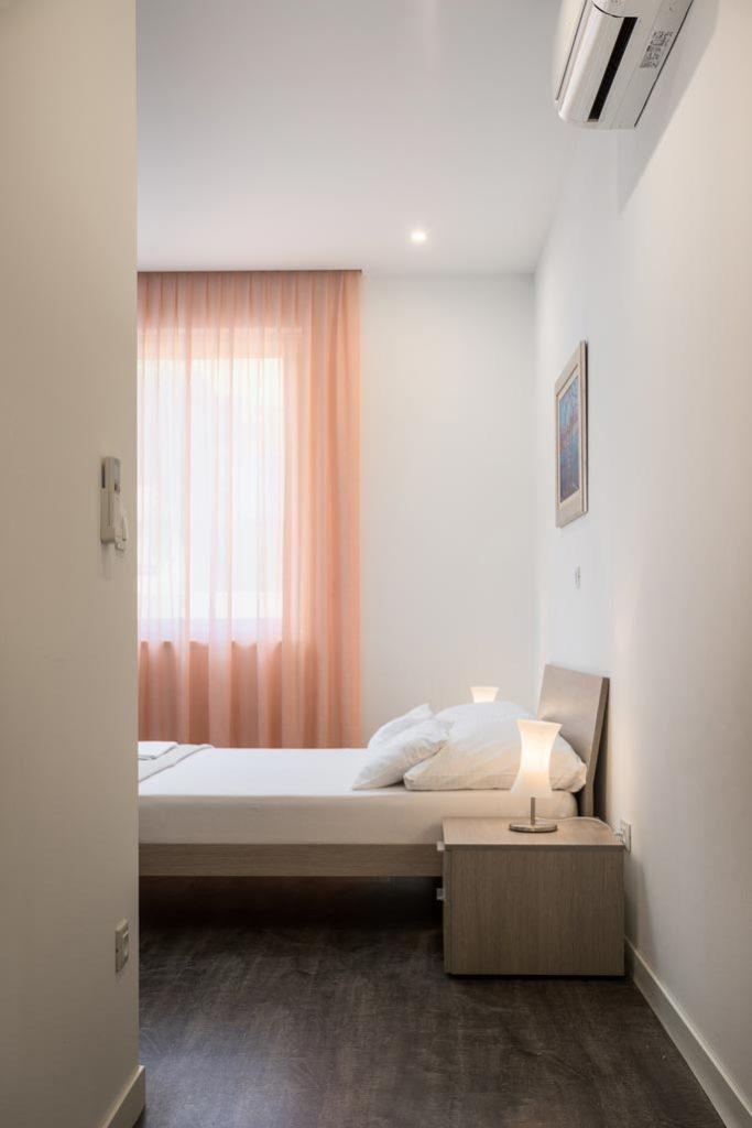 Villa-Cinquento,-Slatine-Bay,-Split-Riviera-3-(30)