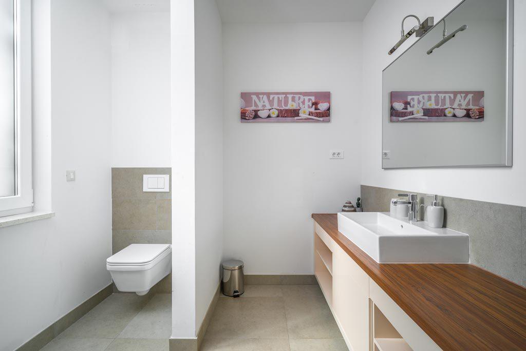 Villa-Cinquento,-Slatine-Bay,-Split-Riviera-4-(23)