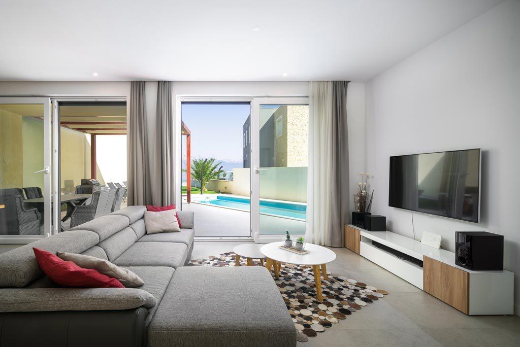 Villa-Cinquento,-Slatine-Bay,-Split-Riviera-4-(3)