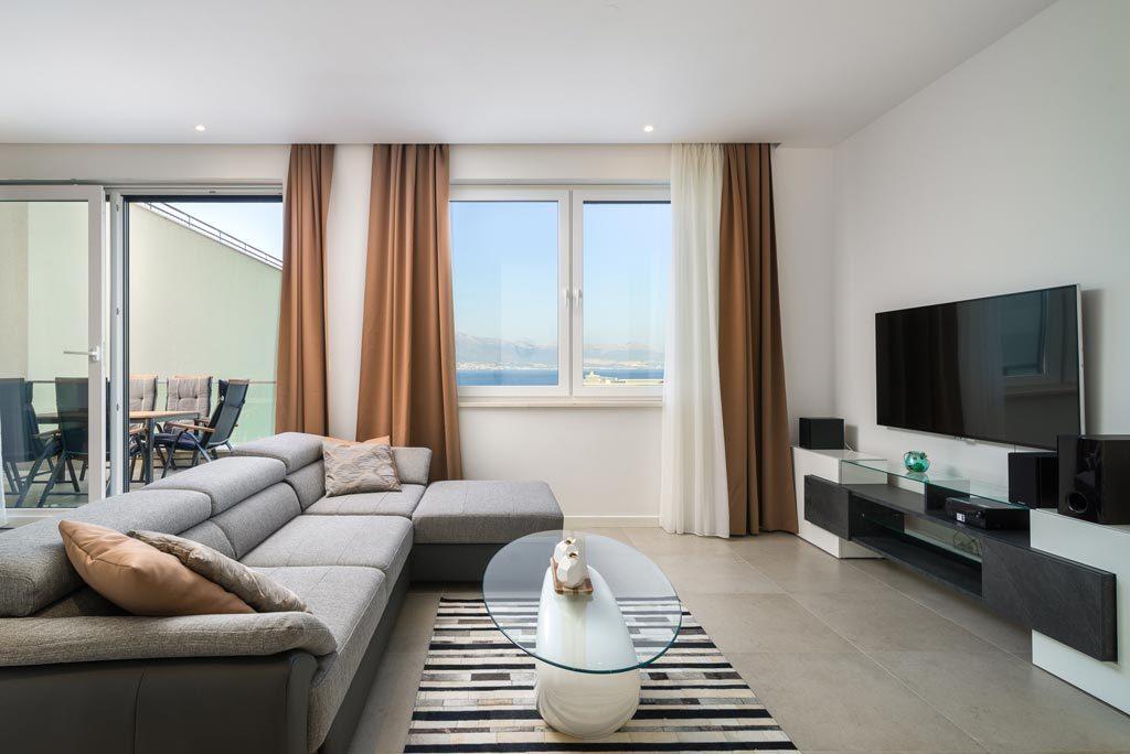 Villa-Cinquento,-Slatine-Bay,-Split-Riviera-4-(56)