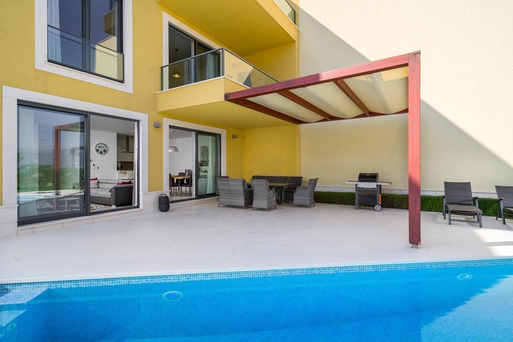 Villa-Cinquento,-Slatine-Bay,-Split-Riviera-4-(6)