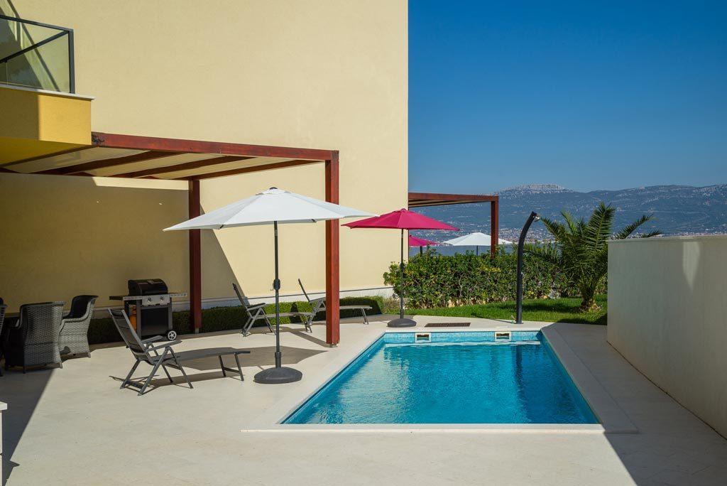Villa-Cinquento,-Slatine-Bay,-Split-Riviera-4-(78)