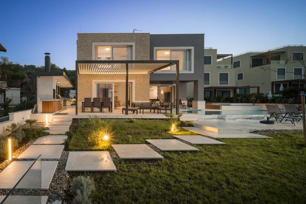 Villa-Cinquento,-Slatine-Bay,-Split-Riviera-5-(52)