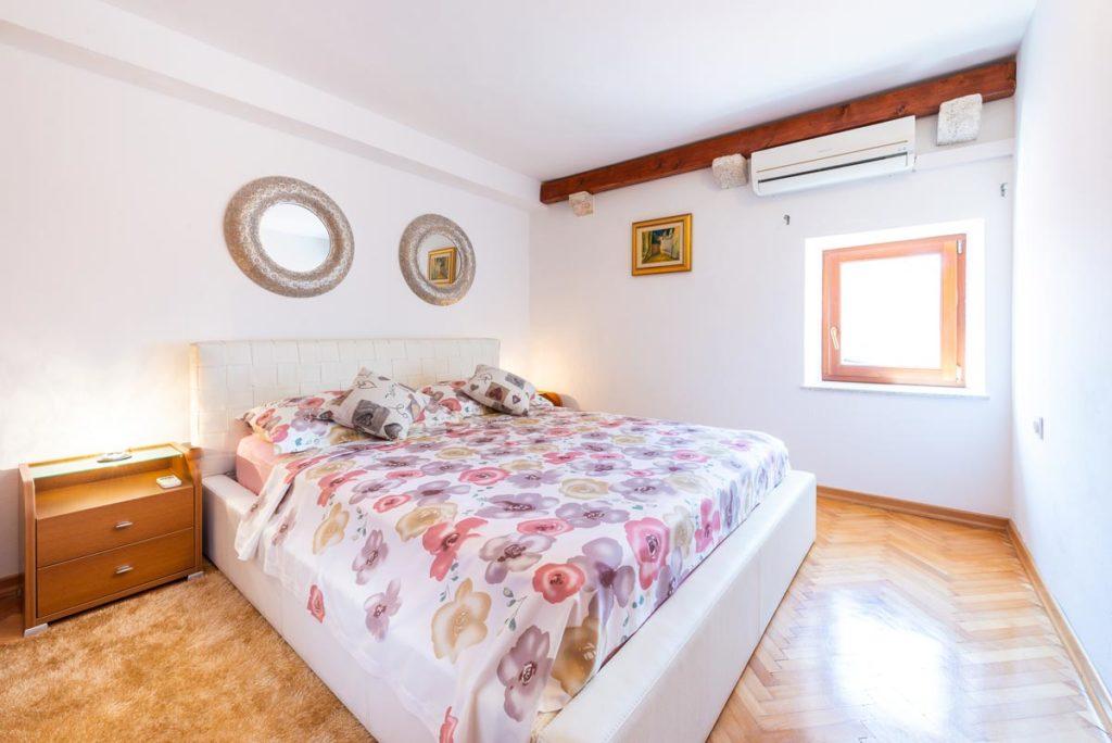 Villa-Mica,-Orasac-Bay,-Dubrovnik-Riviera--(28)