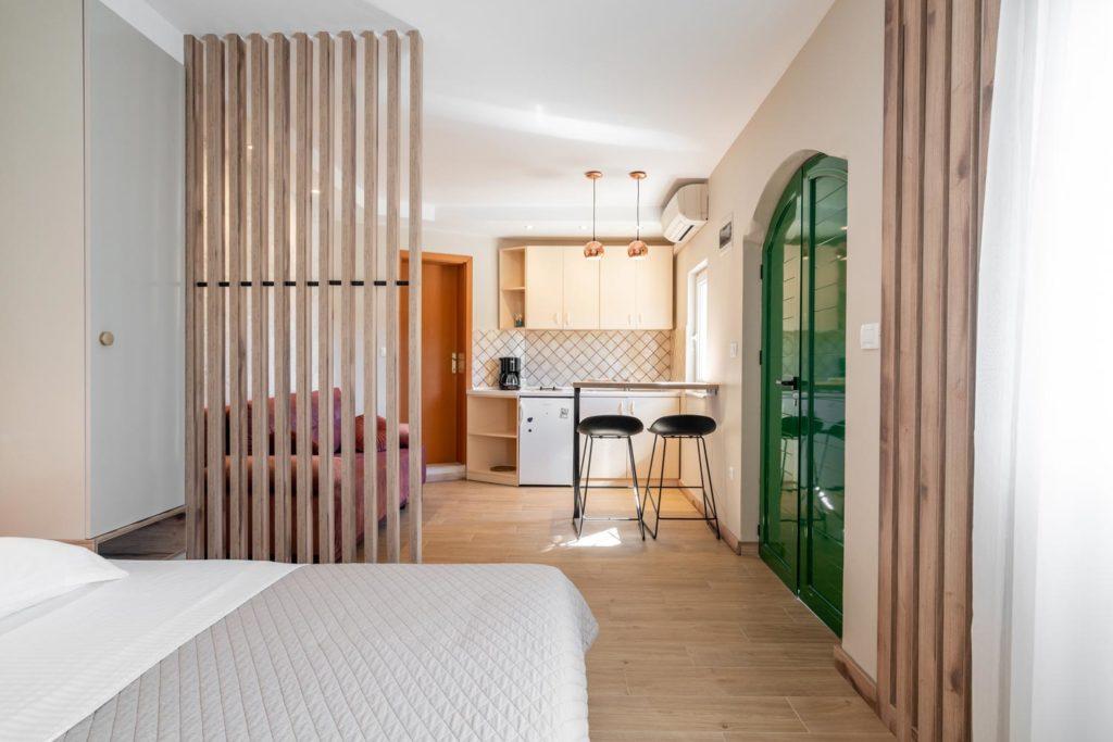 Villa-Sunshine,-Vinisce-Bay,-Split-Riviera-(16)