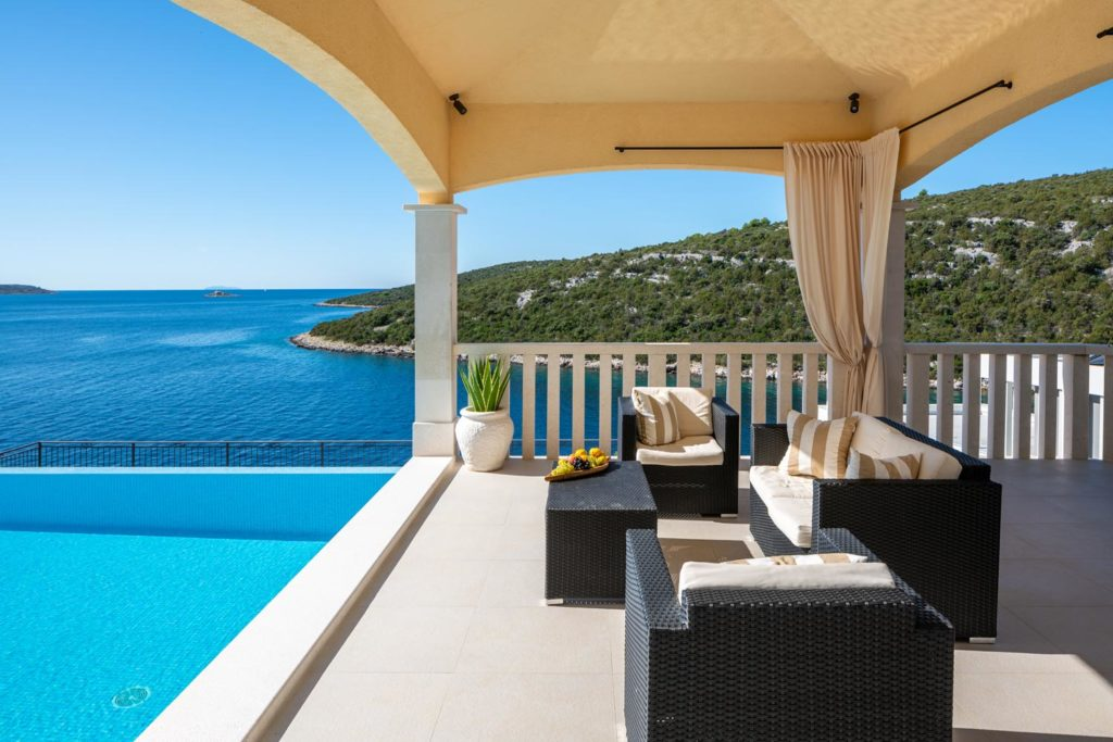 Villa-Sunshine,-Vinisce-Bay,-Split-Riviera-(26)