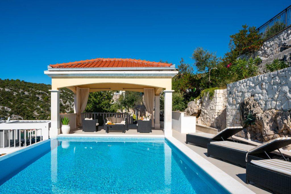 Villa-Sunshine,-Vinisce-Bay,-Split-Riviera-(28)