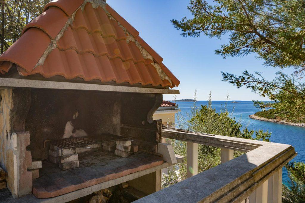 Villa-Sunshine,-Vinisce-Bay,-Split-Riviera-(33)