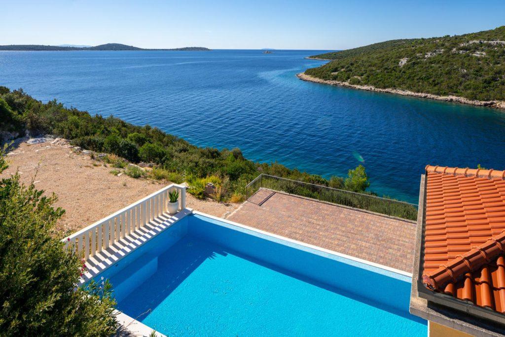 Villa-Sunshine,-Vinisce-Bay,-Split-Riviera-(35)