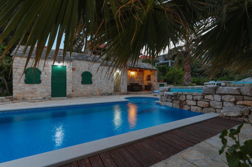 Villa-Traith,-Sutivan-Bay,-Brac-Island-(12)