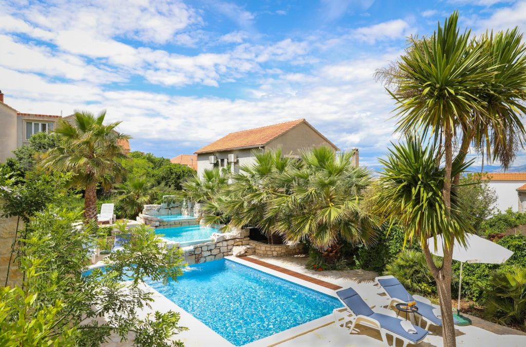Villa-Traith,-Sutivan-Bay,-Brac-Island-(3)