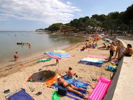 Medulin Beach_ Istria_ Pula Tourist Board TH
