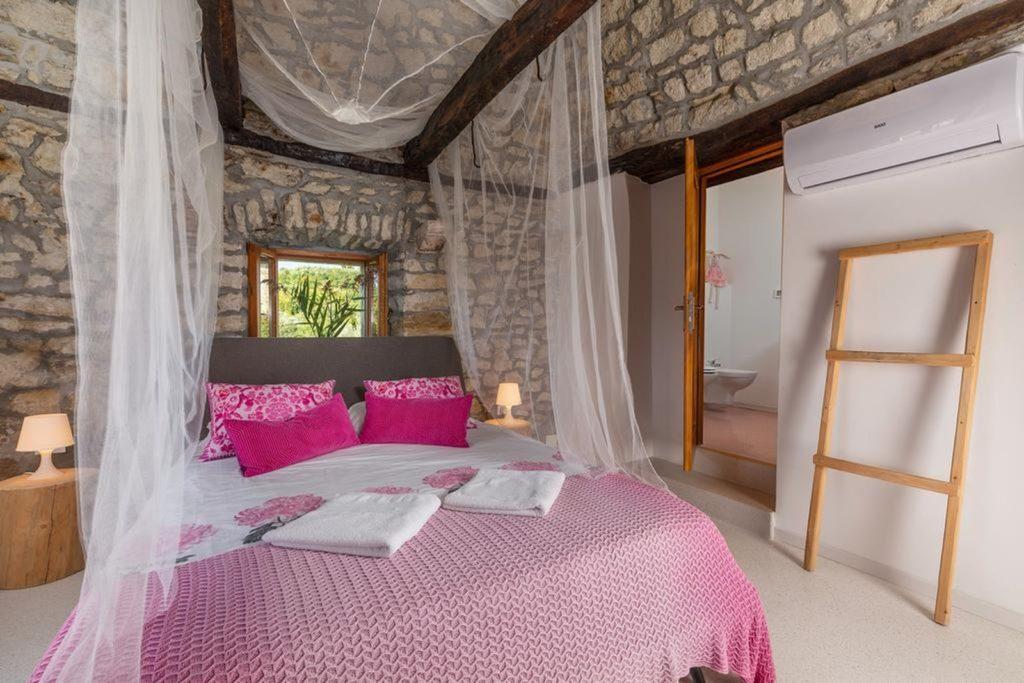 Villa Silvana, Near Rabac, Istria (22)