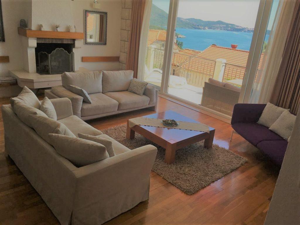 Villa Mlini, Mlini Bay, Dubrovnik Riviera (13)