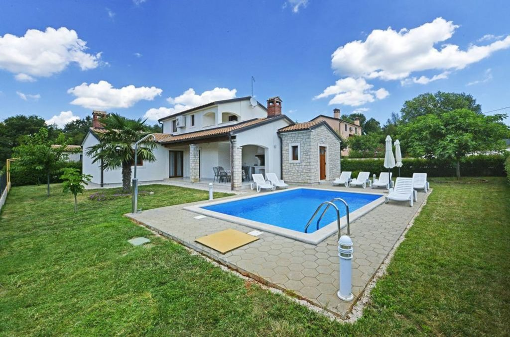 Villa Amanda, Near Porec, Istria (1)
