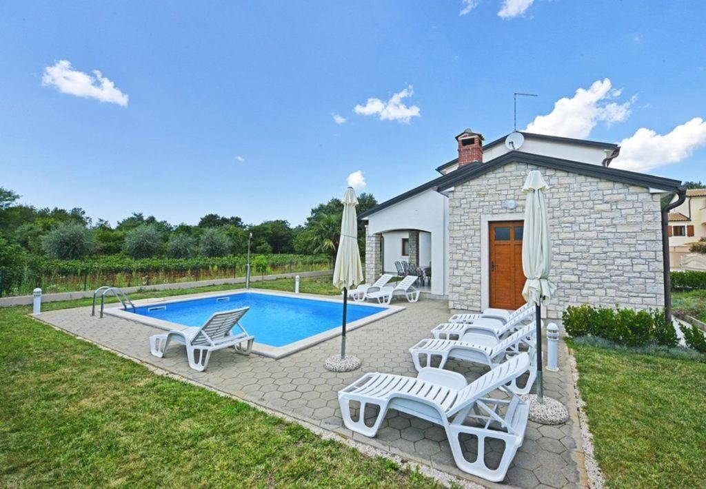 Villa Amanda, Near Porec, Istria (13)