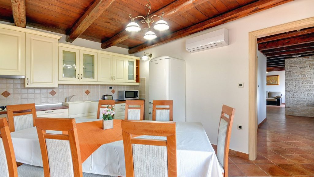 Villa Casamont, Near Bale Istria (19)