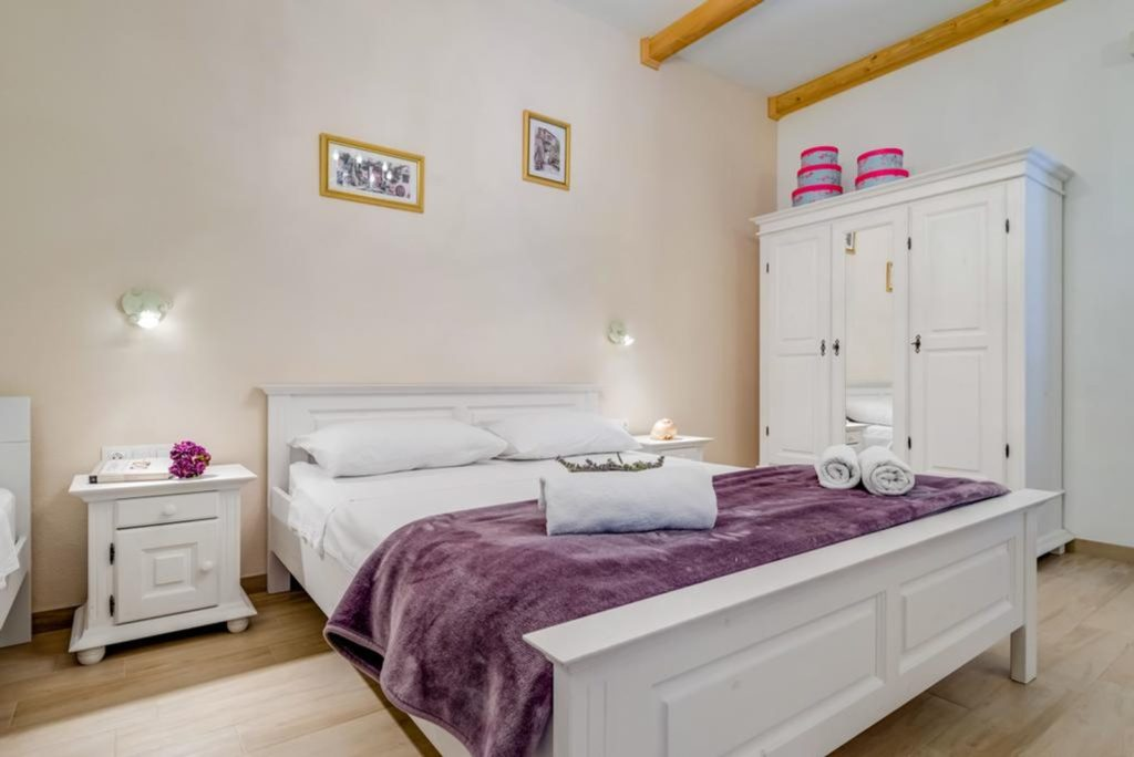 Villa Tania, Selca, Brac Island (18)