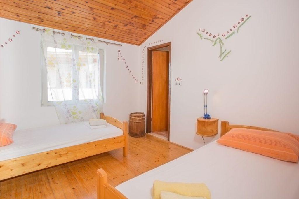 Apartment Azure, Zarace Bay, Hvar Island (20)